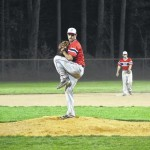 Elks come from behind to beat Cardinals, 4-2